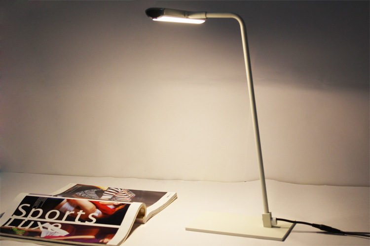 Free Shipping Iron exports to Europe-wide computer desk lamp LED Eye simple learning office study touch lamp free shipping<br><br>Aliexpress