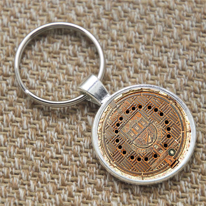 12pcs Manhole Cover keyring Manhole Cover Art Pendant keyring glass Photo Gift keyring(China (Mainland))