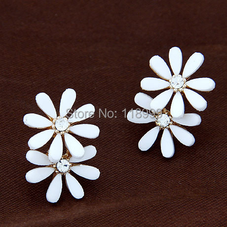 2014 Fashion Daisy Flower Shaped Shell Gold Earrings For Women and Girl, wholesale Jewelry,Free Shipping(China (Mainland))