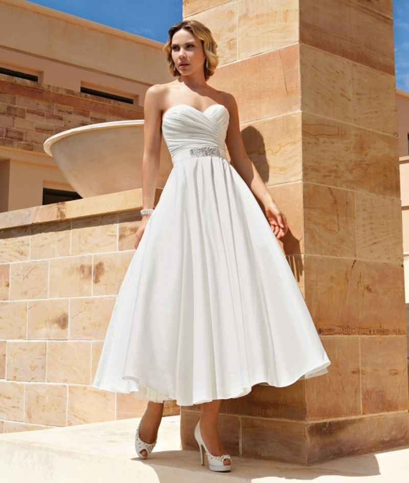 Custom Made Sexy Short Wedding Dress 2016 A Line