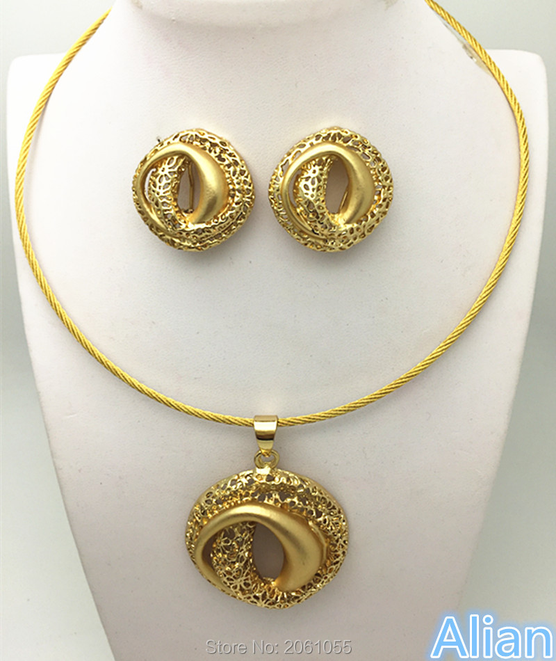African Jewelry Set 18k Gold Clear Austrian Crystal Women Wedding Necklace Bracelet Earring Ring circle necklace(China (Mainland))