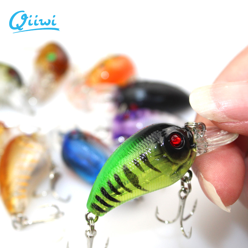 1PCS Crankbait Fishing Lures Plastic Hard Crank Bait Artificial 4.5cm 4g Lure Fish Pesca Hooks Tackle Japan Wobbler()