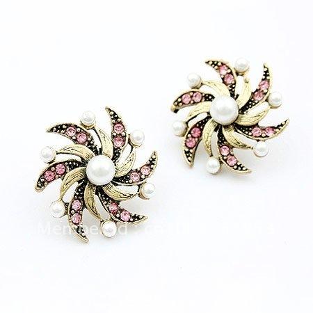 Korean star, Korean Fashion, Hot Wheels earrings