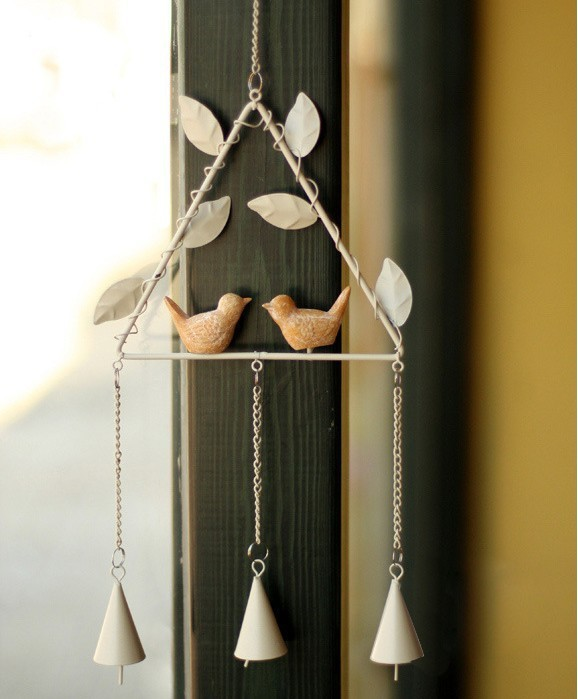 2015 Zakka Cast Iron Metal Wind Chimes Resin Bird Triangle Antique Hook Hanging Hooks Home Decoration(China (Mainland))