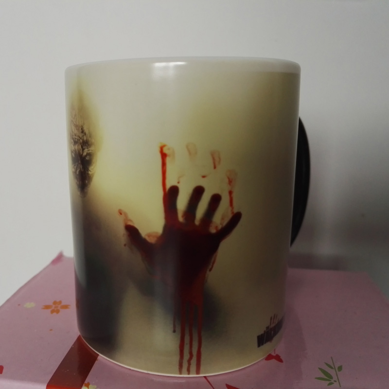 Newest Design Zombie Magic Color Changing Coffee Mug printing with Walking Dead Bloody hands and Head picture(China (Mainland))