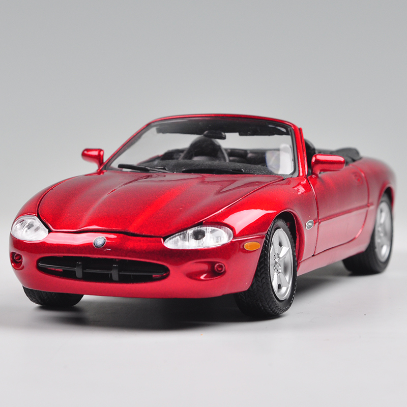 Brand New WELLY 1/24 Scale Car Model Toys Britian JAGUAR XK8 Diecast Metal Car Model Toy For Collection/Gift/Kids/Decoration(China (Mainland))