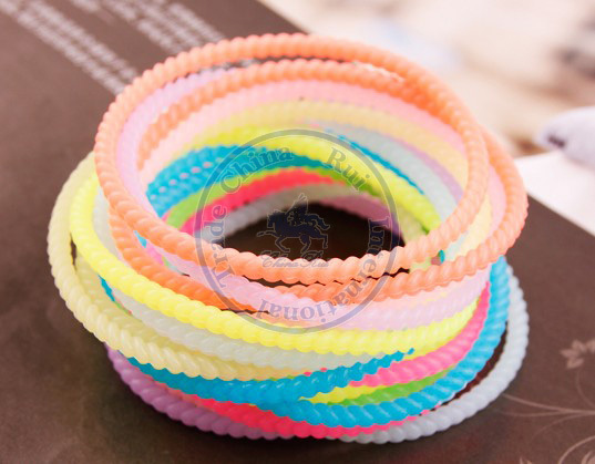 sweet Silicon glow in the dark bracelet Rope Elastic Hair Ties Bands Headband Strap Girl's lady CN post(China (Mainland))