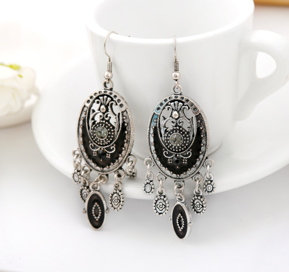 Women Vintage earrings antique silver plated earrings dangle bohemia earrings Indian Silver Dangling Drop Earrings with crystal(China (Mainland))