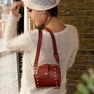 2015 new handbag shoulder bag all-match cross Korean small bag bag ladies bags wholesale rivet(China (Mainland))