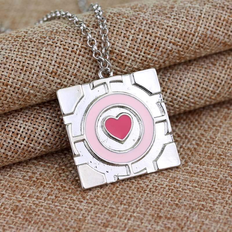 Free Shipping New Popular Pink Heart Chain Pendant Necklace The Portal Necklace Companion Cube maxi Necklace Hot Sale statement(China (Mainland))