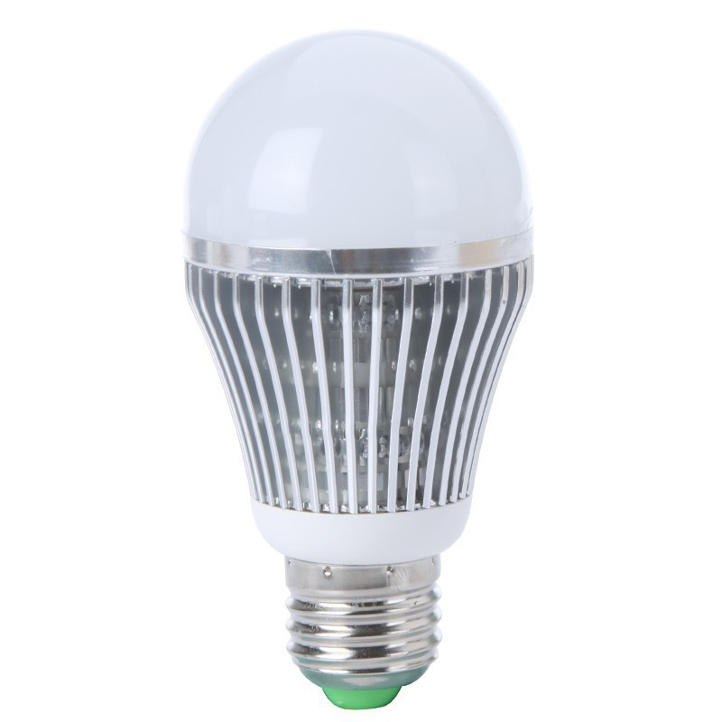5pcs/lots New Led Lamp Bulb E27 5W 220V/110V  450LM Warm White/White Silver Shell Lamps For Home Free Shipping<br><br>Aliexpress