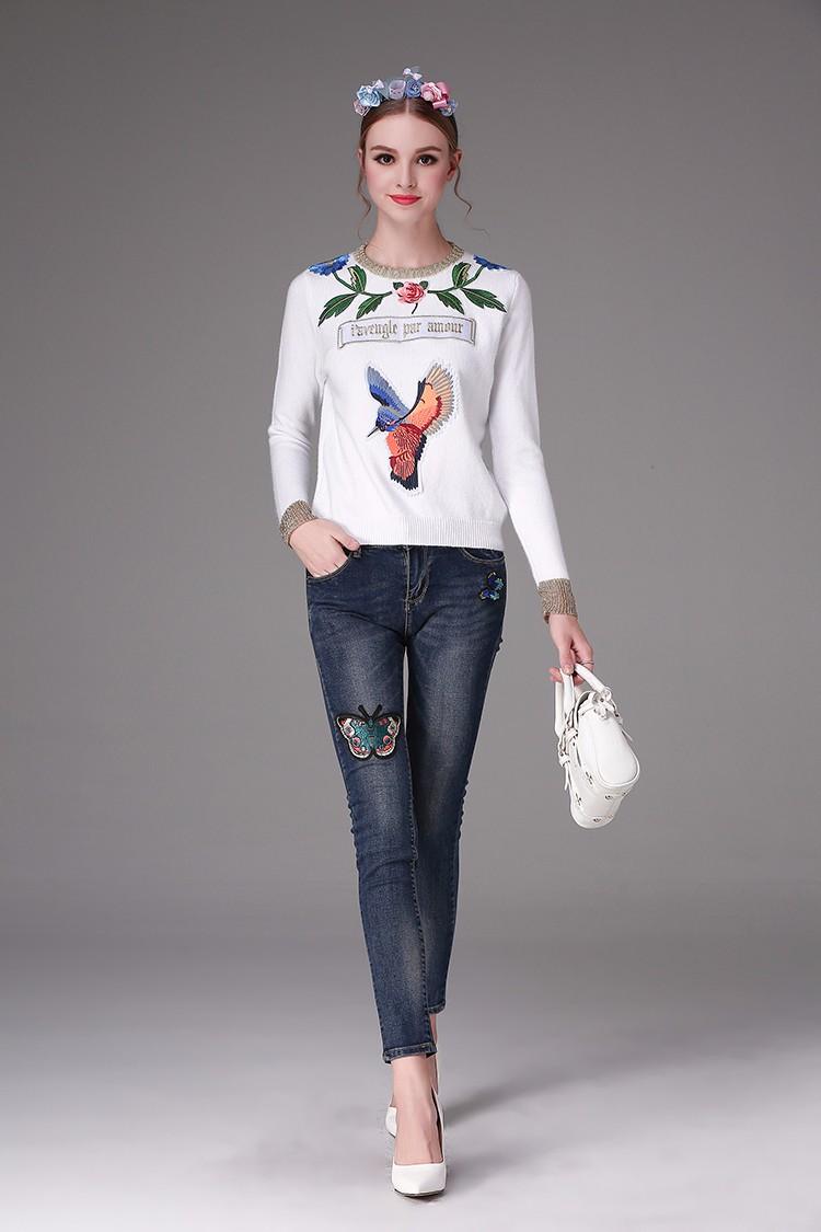 Скидки на Последняя мода оптовая осень женщина Вышивка Тощие Женщина Джинсы
