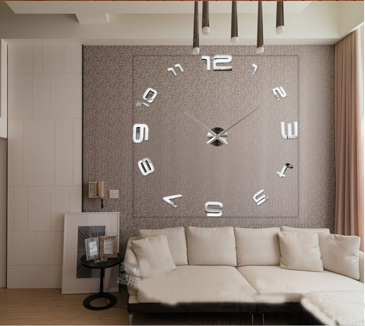 Decoration de salon simple for Horloge murale moderne salon