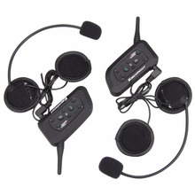 2pcs V6 Motorcycle Bluetooth Helmet Headset 1200M Wireless BT Interphone Motorbike Intercom Headphones for 6 Riders(China (Mainland))