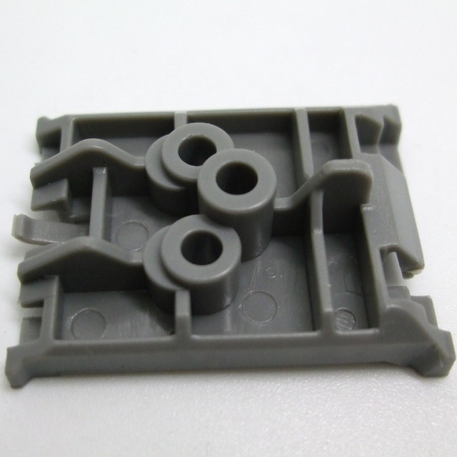 auto plastic clips plate buckle for renault