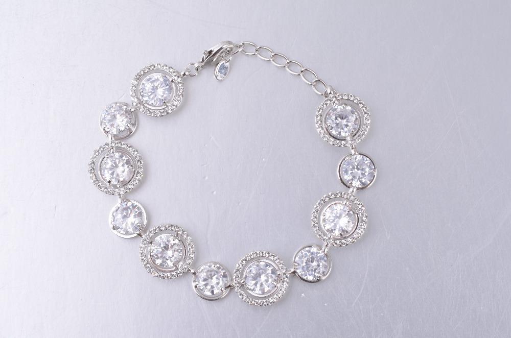 Luxury Famous Brand Wedding Jewelry Bracelets Bangles Women 2014 Fashion White Gold Plated Austrian Crystal FreeShip - Guangzhou High-End Leather Handbag store
