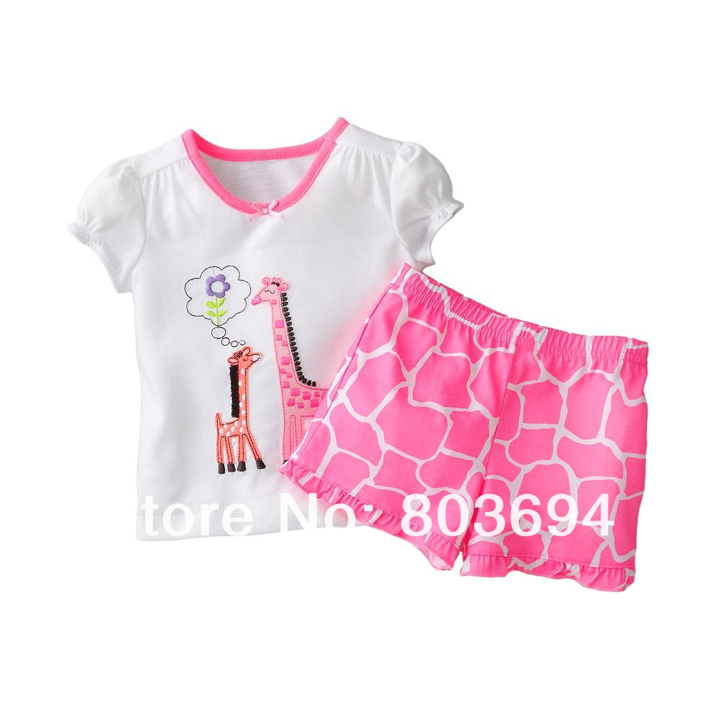 Wholesale! 2013 summer girl sets with Giraffe, short-sleeved  t shirt + shorts , baby clothes 6set/lot free shipping 2292<br><br>Aliexpress