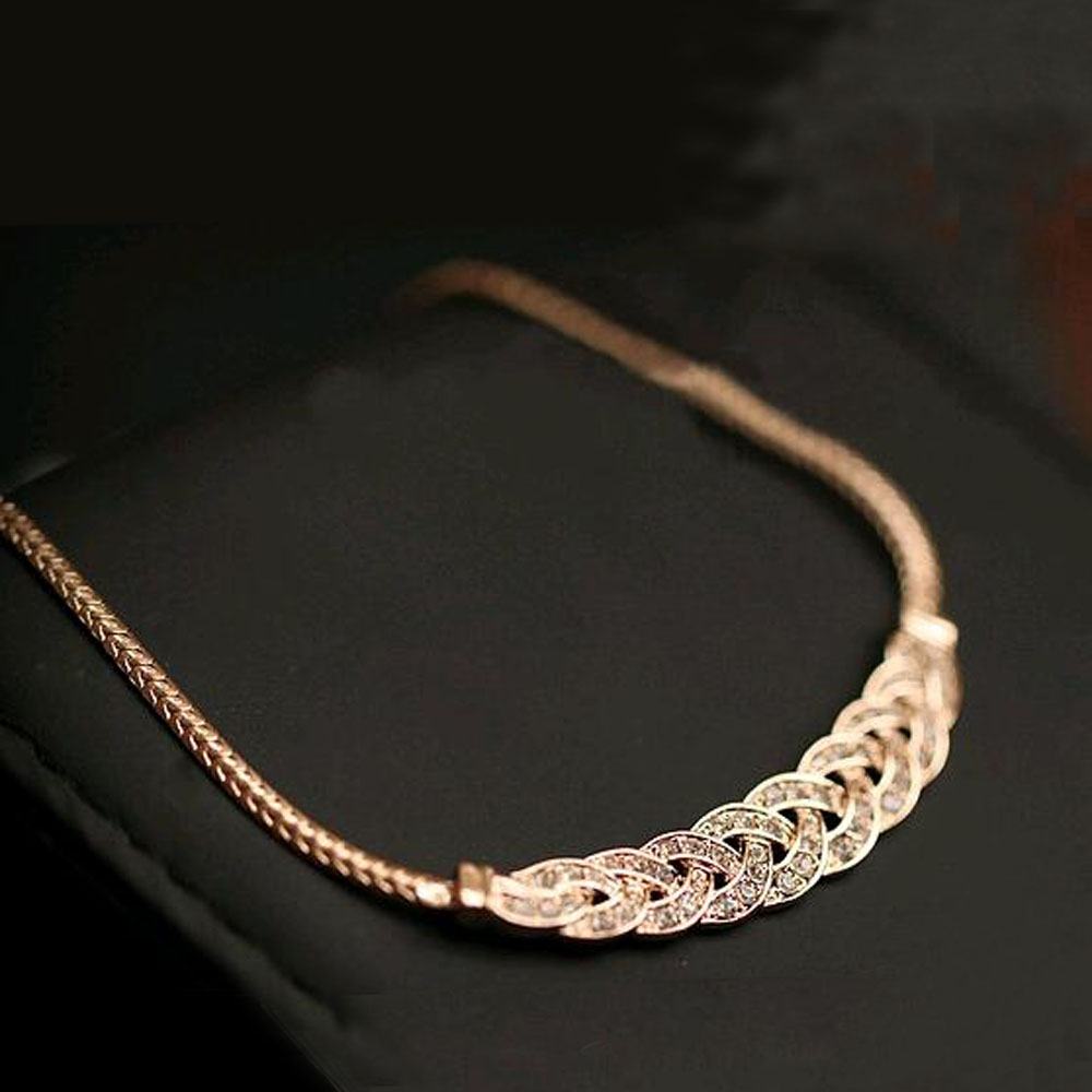 Гаджет  Summer Style Crystal Spiral Necklace For Women Chokers Necklaces Fashion Necklaces Pendants Vintage Snake Chain Necklace Jewelry None Ювелирные изделия и часы