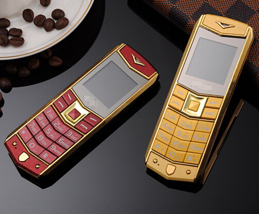 Luxury A8 Mobile Phone With Dual SIM Card Cartoon 1.5 Inch Phone 1 order(China (Mainland))