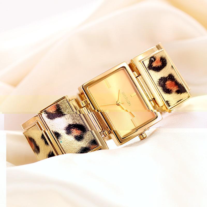 Leopard Bracelet Watch Women Luxury Watch Gift Set Wristwatch Rectangle Dial Dress Watches Wholesale(China (Mainland))