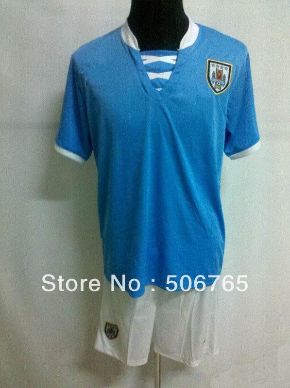 New Arrivals Uruguay 13/14 home soccer jerseys soccer kit Original Logo football uniforms soccer wear Free shipping!(China (Mainland))