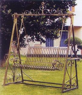 Tieyi rustieke ijzeren schommel smeedijzeren outdoor swing tieyi chiaki ijzer schommelstoel 0021 - Leuningen smeedijzeren patio ...