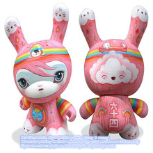 Hot Children Plastic Kids Drawing & Painting PVC Vinyl Figures Toys Blank Dunny Drawing Toys Minecraft Figures