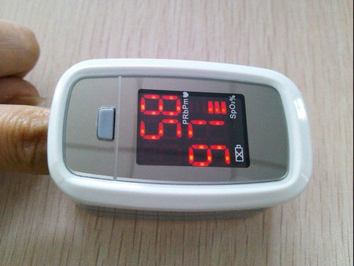 CONTEC FDA CE Certified Fingertip Pulse Oximeter Spo2 Monitor, CMS50DL1 Blood Oxygen Monitor, Pulse Oximetry(China (Mainland))