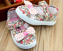 Hot Promotion free shipping girl Canvas Shoes kids Cute Leisure Sports Shoes Sneakers Board Shoe Rubber