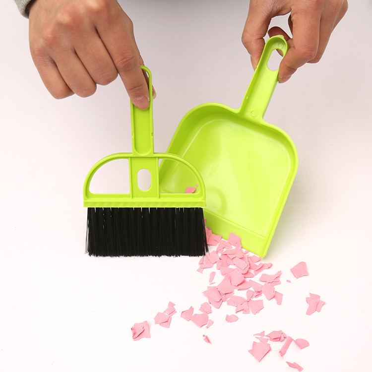 2016 Mini Brooms Dustpans Desktop Cleaning Brush Keyboard Brushes With a small broom dustpan Set (1Set=1Broom + 1Dustpan)(China (Mainland))