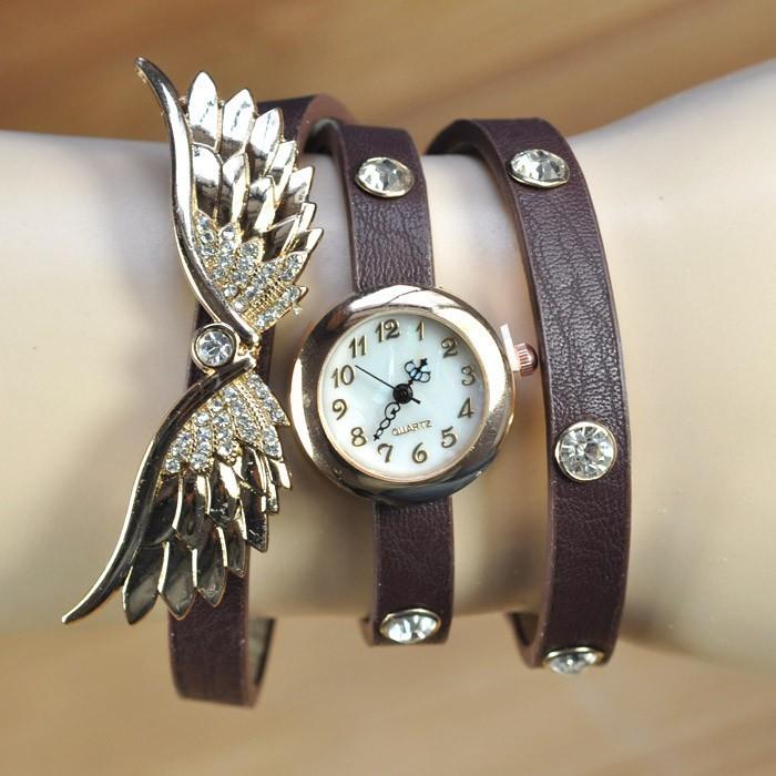 Здесь можно купить  high quality 50pcs/lots women vintage leather strap watches,set auger angel wings rivet bracelet women dress  wrist watch  Ювелирные изделия и часы