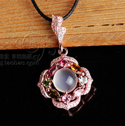 Natural crystal pendant natural tourmaline pendant 925 sterling silver moonlight stone female flowers gift items(China (Mainland))