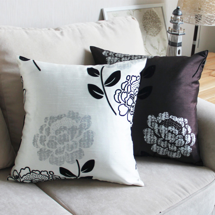 European Decorative Pillows : Aliexpress.com : Buy 2015 latest design sofa velvet cushion European decorative pillows top ...