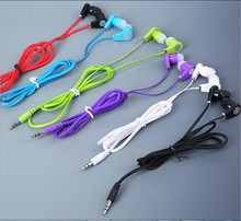 new arrival headphones and earphone for mp3 mp4 mp5 (China (Mainland))