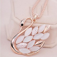 2015 New !!! Hot Fashion Fine Jewelry Gold plated Rhinestone Opal Shining Swan Elegant Long Necklaces & Pendants For Women N-95(China (Mainland))