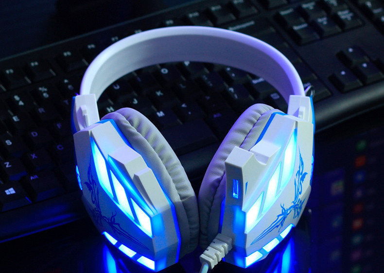 Cosonic CD-618 Gaming Headphone USB+3.5mm Gaming Headset Earphone with Microphone Noise Canceling LED Light for PC Gamer