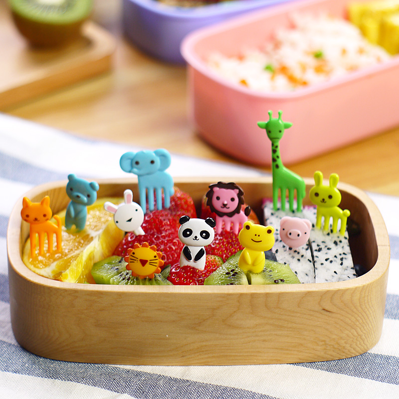 hot sale 2015 new mini Animal cartoon fruit fork resin toothpick bento lunch for children decorative plastic forks cutlery set(China (Mainland))