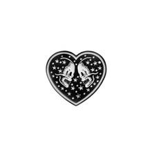 Punk Collezione Dello Smalto Spilli Scuro Nero Spilla Peste Medico Cuore Vino Inferno Distintivo Camicia di Jeans Risvolto Spille Gotico Dei Monili del Regalo(China)