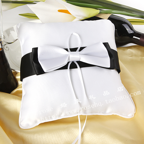 Wholesale - Ring pillow ring care wedding ring pillow black and white double layer ring pillow wedding supplies(China (Mainland))