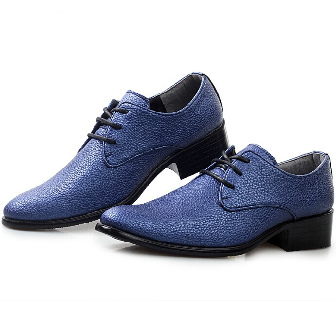 what color shoes with navy dress brown hairs
