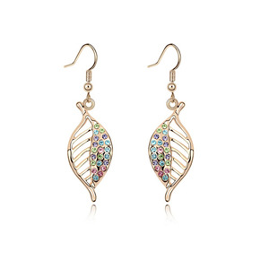 European and American fashion popular south Korean version of the new Crystal Earrings(China (Mainland))