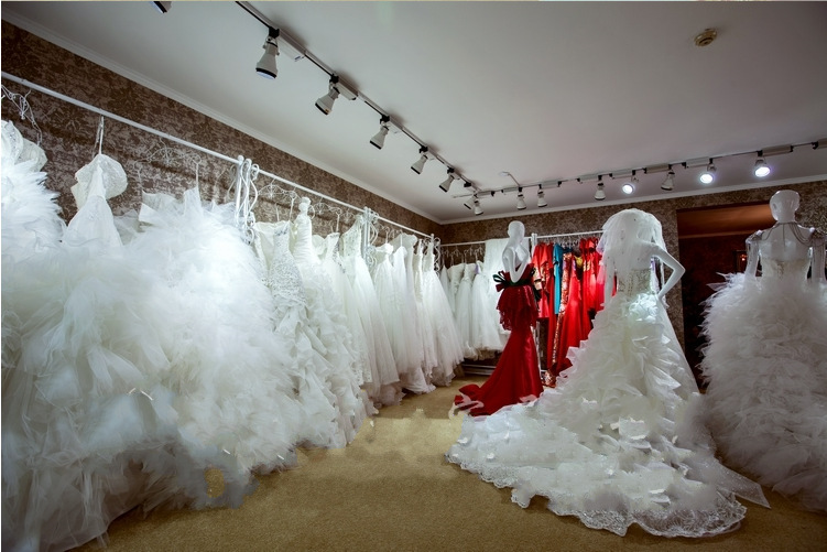 European high grade display stand wedding dress cheongsam for Wedding dress display at home