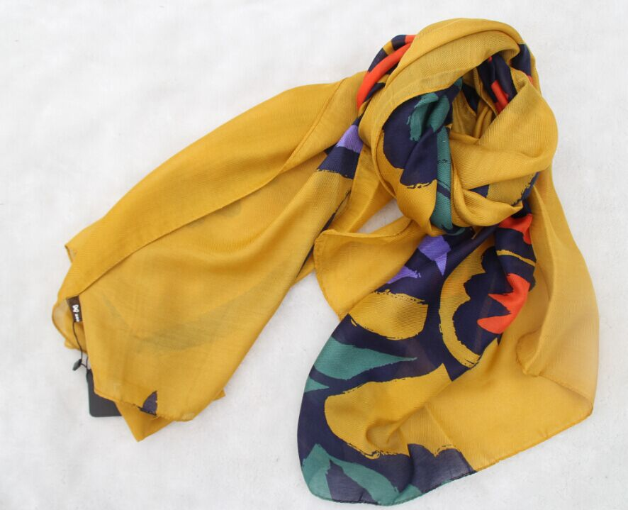 A257 2015 brand fashion spring new arrival colorful flower cotton scarf sun cape morning glory scarf free shipping(China (Mainland))