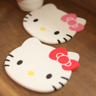 Kawaii Hello Kitty Tableware Cup Pads Mats.Table Placemats Kitchen Dinnerware Mat.Coasters.Cute Insulation Pad.Table Decoration(China (Mainland))