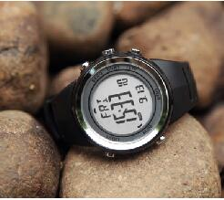 Sports watch Outdoor mountaineering watch running pressure elevation table Air pressure altitude temperature free shipping<br>