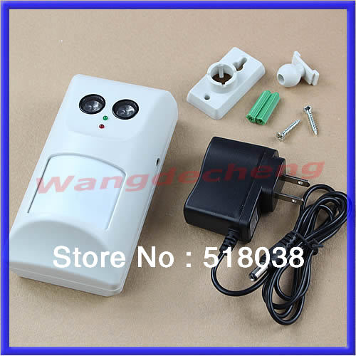A25Free Shipping Ultrasonic Waves Infrared Harmless Pet Dogs Cats Repeller Repellent Controller(China (Mainland))