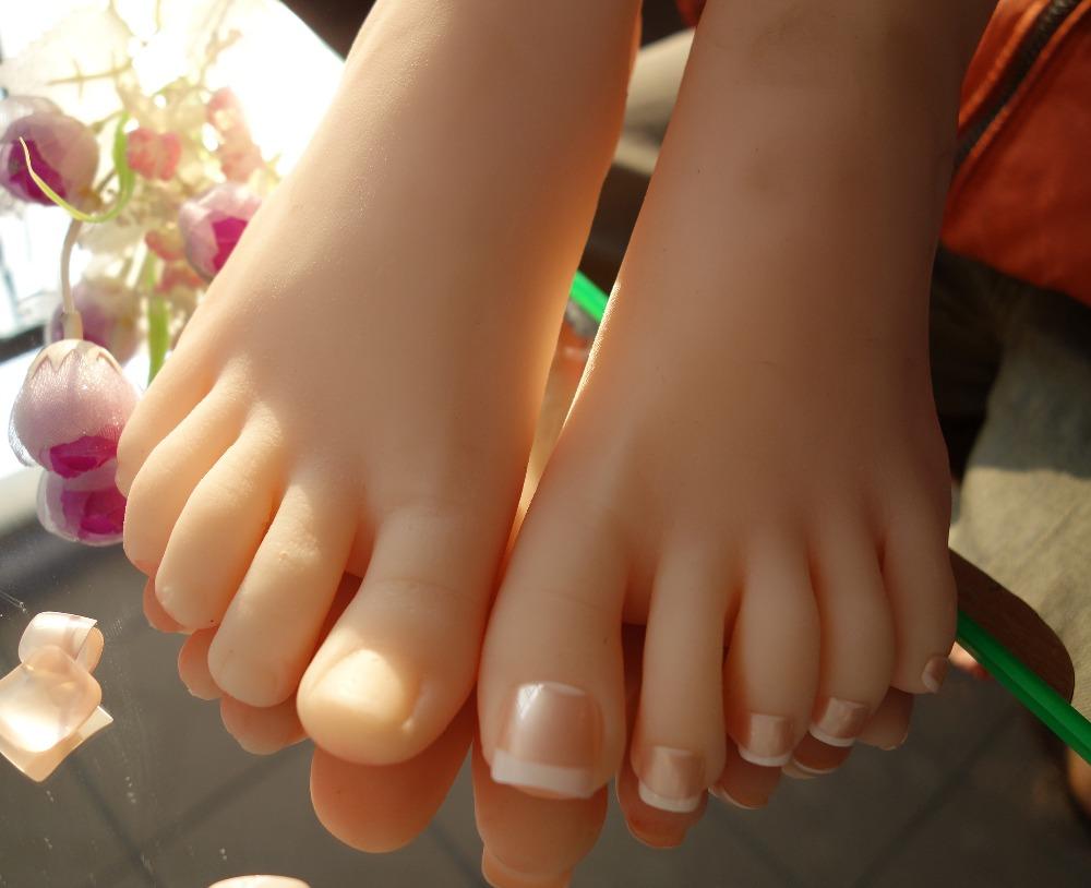 Womens Foot Fetish 104