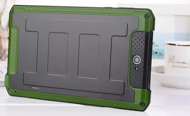 New Bumblebee outdoor 7 Tablet pc shockproof 1024 600 3G Phone call MTK6572 dual core 1GB