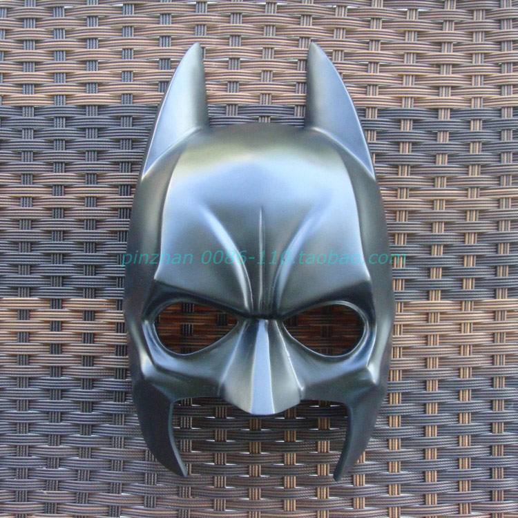 The Batman Bat man dark knight super hero resin Mask Halloween party cosplay collection Bar accessories movie film black Masks(China (Mainland))