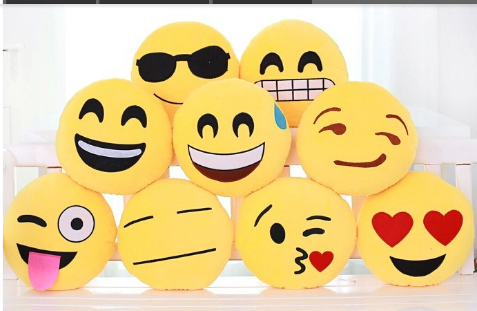 New Emoji Smiley Yellow Pillows Cushion Cartoon Facial QQ Expression 28cm Round Decorative Pillows Stuffed Plush Toy mty1039(China (Mainland))